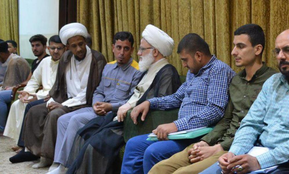 La autoridad religiosa Sheij Al-Yaqubi: llama a lanzar iniciativas sociales y apoyar el trabajo voluntario